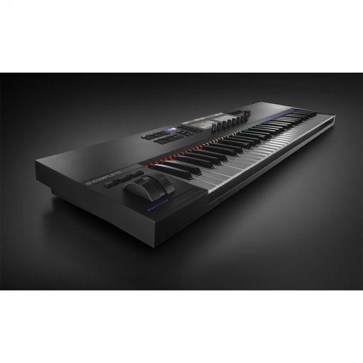 Native Instruments Komplete Kontrol S61 Mk2 Keyboard Controller-06