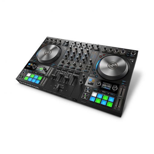 Native Instruments Traktor Kontrol S4 MK3 4-channel DJ Controller-01