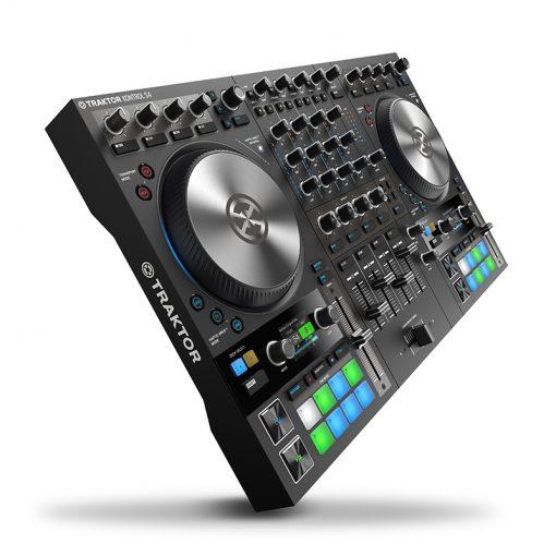 Native Instruments Traktor Kontrol S4 MK3 4-channel DJ Controller-02