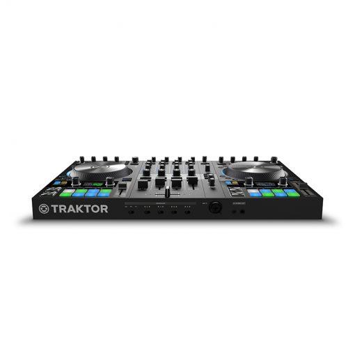 Native Instruments Traktor Kontrol S4 MK3 4-channel DJ Controller-06