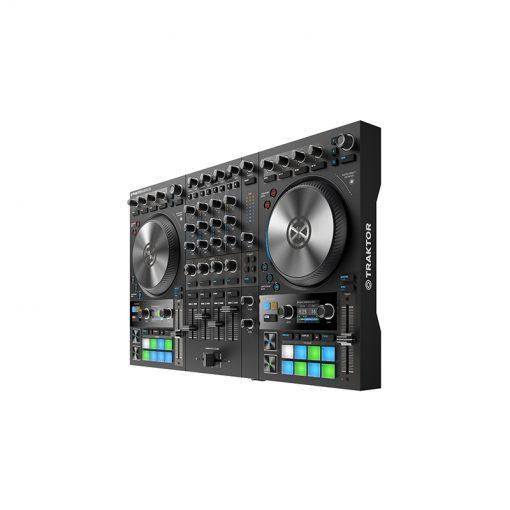 Native Instruments Traktor Kontrol S4 MK3 4-channel DJ Controller-07