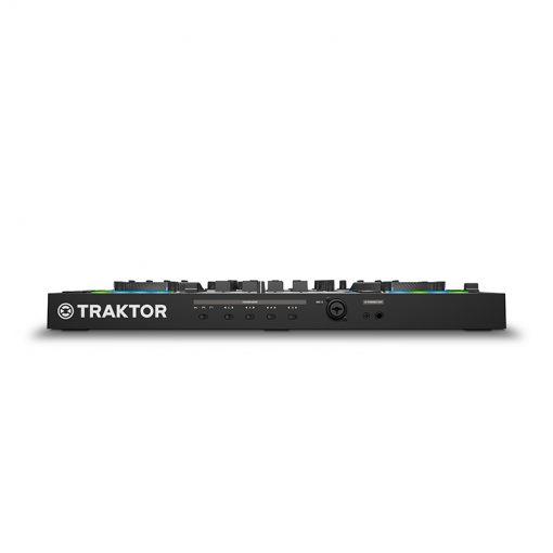 Native Instruments Traktor Kontrol S4 MK3 4-channel DJ Controller-10