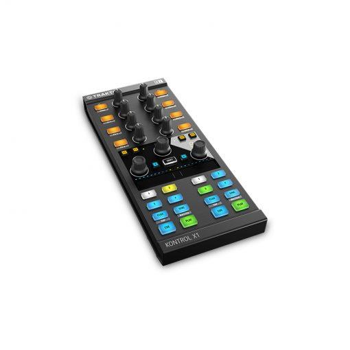 Native Instruments Traktor Kontrol X1 Mk2 DJ Controller-01