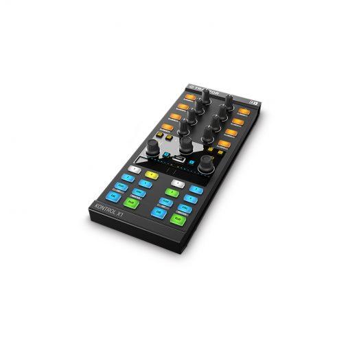 Native Instruments Traktor Kontrol X1 Mk2 DJ Controller-03