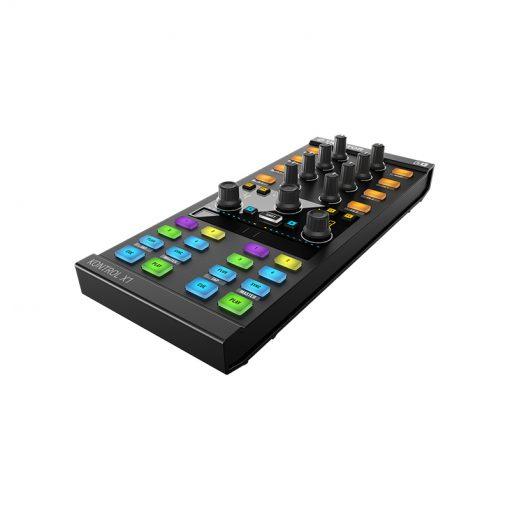 Native Instruments Traktor Kontrol X1 Mk2 DJ Controller-07