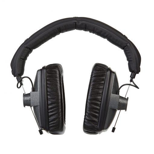 Beyerdynamic DT 150 Closed-back Isolating Studio Headphones-03