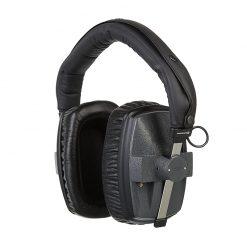 Beyerdynamic DT 150 Closed-back Isolating Studio Headphones-04