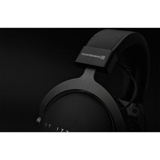 Beyerdynamic DT 1770 Pro Closed-back Studio Reference Headphones-08
