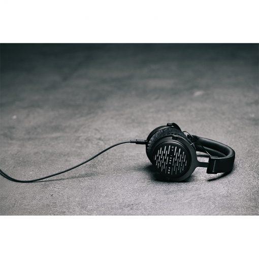 Beyerdynamic DT 1990 Pro Open-Back Studio Headphones-11