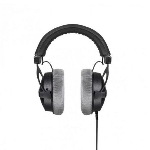 Beyerdynamic DT 770 Pro 250 ohm Closed Studio Headphones-01