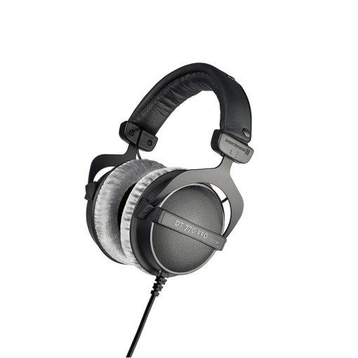 Beyerdynamic DT 770 Pro 250 ohm Closed Studio Headphones-02