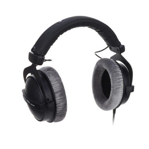 Beyerdynamic DT 770 Pro 250 ohm Closed Studio Headphones-10