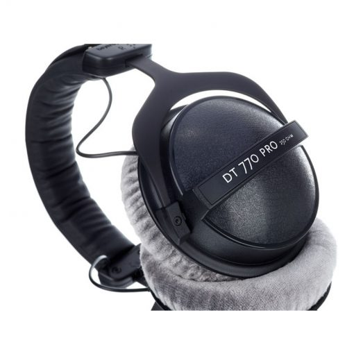 Beyerdynamic DT 770 Pro 250 ohm Closed Studio Headphones-11