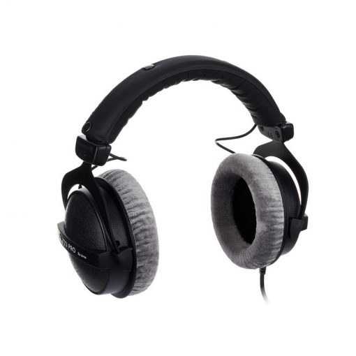 Beyerdynamic DT 770 Pro 80 ohm Closed Studio Headphones-05