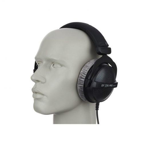 Beyerdynamic DT 770 Pro 80 ohm Closed Studio Headphones-08