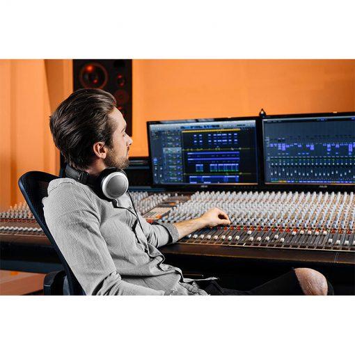Beyerdynamic DT 880 Pro Semi Open Studio Headphone-08