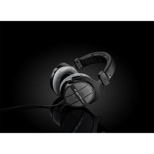 Beyerdynamic DT 990 Pro 250 ohm Open-back Studio Headphones-05